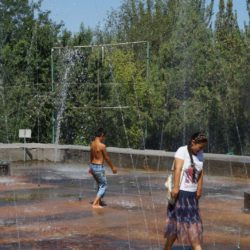 Im Stadtpark von Osh
